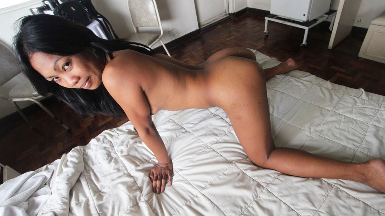 XXX Filipina video with dark-skinned spinner doing anal