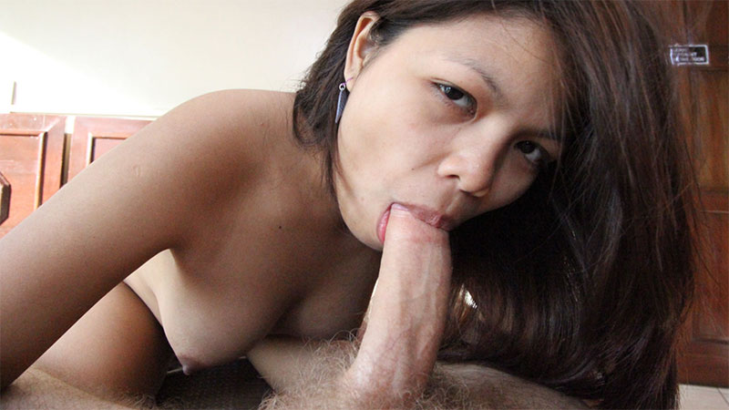 Tight & perky Filipina amateur pleases white tourist on holiday
